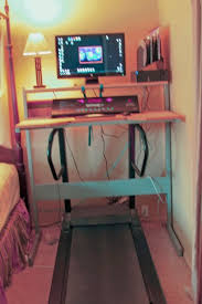 Diy Treadmill Desk Ikea No But Seems To Use The Ikea Jerker Desk Diy