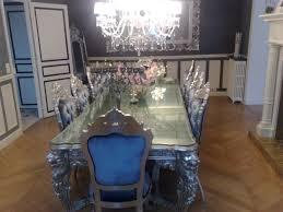 meuble de charme meuble de luxe pour aménagement de château en bois doré ou argenté