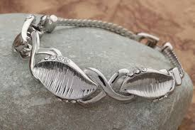 fashion jewelry charm bracelet images Hot silver plated crystal leaf chain charm bracelet for women JPG