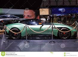 custom aston martin vulcan groene aston martin vulcan geneva motor show 2015 redactionele