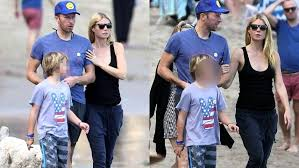 apple martin blue ivy gwyneth paltrow spotted linking arms with chris martin on