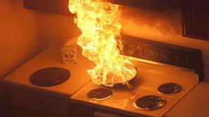 des astuces pour éteindre un feu de cuisine