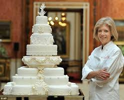royal wedding cake kate middleton requested 8 tiers decorated