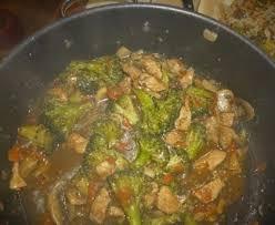 cuisiner le brocolis marmiton blancs de poulet au brocolis recette de blancs de poulet au