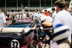 the motoring world goodwood bentley volunteering at the goodwood revival the car expert