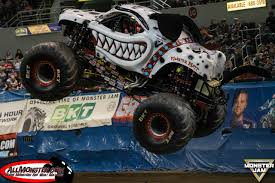 monster mutt monster truck videos monster truck photos allmonster com monster truck photo gallery