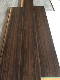 Laminate Flooring Mm Mm Ac3 Hdf Laminated Wood Flooring 8mm Oak Wood Grain Laminate
