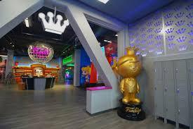 inside funko u0027s funkalicious new hq pop culture toymaker makes a
