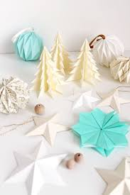 Origami Christmas Decorations Reindeer by 101 Best Fold An Origami Christmas Garland Images On Pinterest