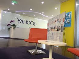 yahoo amazon black friday yahoo loses a huge deal with at u0026amp t that brought in 100 million