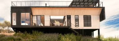 folding house in chile allows owners to control the temperature to