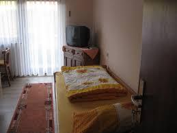 Schlafzimmer Betten H Fner Ferienwohnung Ferienwohnung Kulla Deutschland Albstadt Booking Com