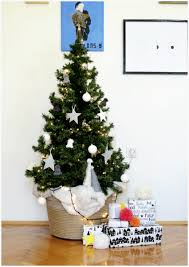 this year u0027s scandinavian christmas tree minimalist with a pop of