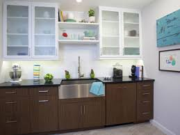 White Kitchen Cabinets Black Countertops by Two Tone Kitchen Cabinets Giving Contemporary Sensation Ruchi