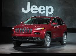 jeep cherokee trailhawk red all new 2014 jeep cherokee to start at 22 995 carfab com
