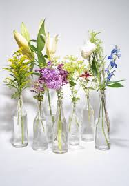 inexpensive flowers 10 easy floral arrangements that you can do in ten minutes