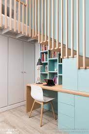 bureau sous escalier chambre avec vue menuiseries sur mesure bureau sous