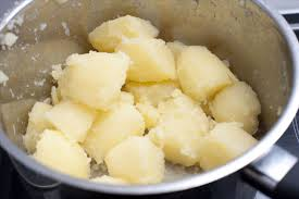 how to make perfectly fluffy mashed potatoes without adding more