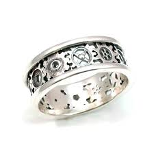 gear wedding ring items similar to steunk gear ring alternating gears silver