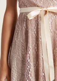 impress rehearsal lace dress modcloth