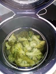 cuisiner le brocolis frais cuire des brocolis au cookéo cookeo cookéo cuire et
