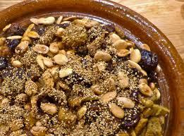 cuisine marocaine tajine agneau tajine d agneau aux pruneaux et aux amandes l atelier des couleurs