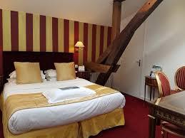 chambre lits jumeaux chambre lits jumeaux supérieure photo de hôtel kyriad saumur