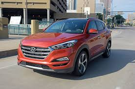 jeep tucson 6 unusual new features in the 2016 hyundai tucson