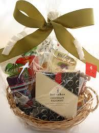 seattle gift baskets bumblebdesign seattle snacker basket bumble b designbumble b design