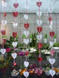 Valentine Decoration Ideas On Pinterest by Best 25 Florist Window Display Ideas On Pinterest Flower Shop