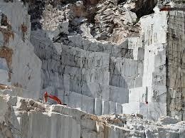 italy photo album carrara marble mountain italy carrara marble italy and city