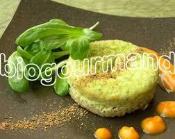 cuisiner du poireau recette de fonio en timbales de poireaux coulis courge et cannelle