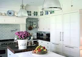 decorer cuisine toute blanche dcorer une cuisine cuisine il faut penser dcorer votre cuisine au