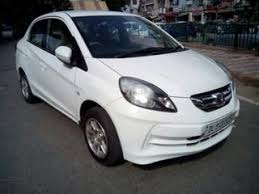 honda amaze used car in delhi 38 used white honda amaze cars in delhi with offers now