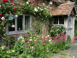 Small Cottage Small Cottage Garden Ideas Mekobrecom And Cute Little Trends For
