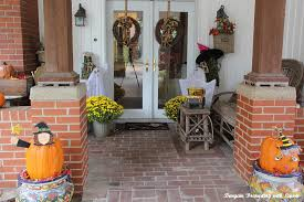 Fall Decorated Porches - bargain decorating with laurie