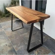 fabriquer une table haute de cuisine fabriquer une table bar de cuisine table en palette bout table