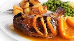 comment cuisiner le canard entier canard à l orange recette du canard sauce à l orange ou bigarade