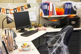 Office Desk Decoration Office Desk Decorating Ideas With Decoration Ideas For