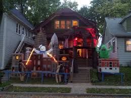 Halloween Home Decor Uk by Brilliant Halloween House Decorations From America Cool Things