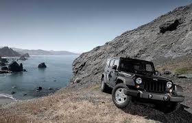 2010 jeep wrangler unlimited reviews suv review 2010 jeep wrangler unlimited rubicon driving