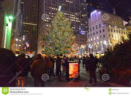 christmas tree at rockefeller center manhattan new york