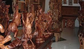 bali wood carving wood carving in bali segarebalitour