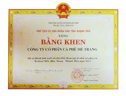 Dan K Hen Mê Trang Nhận Bằng Khen Về Hoạt động Xuất Sắc Trong Tuần Lễ