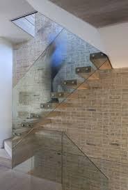 escalier bois design escalier suspendu de design moderne en 55 exemples supers mur en