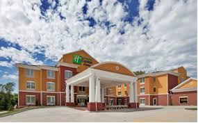 hotels near power and light district hotels near kansas city chiefs arrowhead stadium in kansas city mo