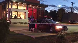 wendys open on thanksgiving update three injured after shooting near cedar rapids wendy u0027s