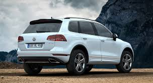 white volkswagen touareg volkswagen touareg white nature hd desktop wallpapers 4k hd