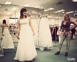 wedding dresses shops 12 wedding dress shopping tips to make saying yes less stressful