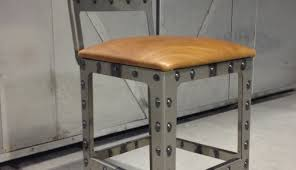 Kitchen Decor Idea Bar Natural Nail Head And Cuhsion Leather Counter Stools With